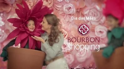 Fantasias de flores para comercial Bourbon Shopping - dia das Mães 2013 - Gérbera