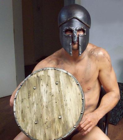 Capacete e escudo de gladiador para comercial Bob's