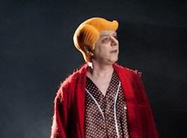 """Perucas de borracha para ópera """"As 7 Caras da Verdade"""" de Nico Nicolaiewsky"""