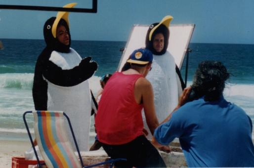 """Fantasias de Pinguim Antarctica para programa """"Casseta e Planeta"""" - Rede Globo - 1996"""
