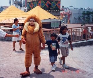 Fantasia de Mico Leão dourado para Parque Temático Terra Encantada - 1996