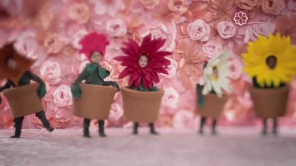 Fantasias de flores para comercial Bourbon Shopping - dia das Mães 2013
